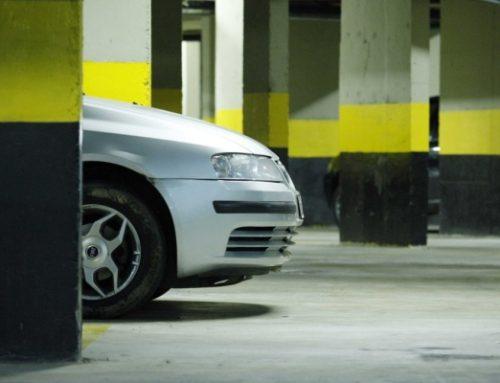 Descubra como lidar com danos e furtos na garagem do condomínio